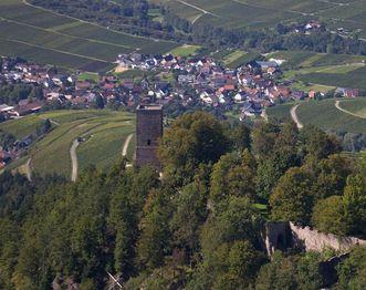 Die Yburg aus Vogelperspektive; Foto: Staatliche Schlösser und Gärten Baden-Württemberg, Achim Mende